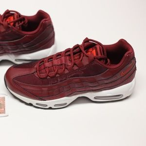 Nike Air Max 95 Running Shoes Red 307960-605 9